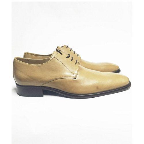 zapatos marrón arena