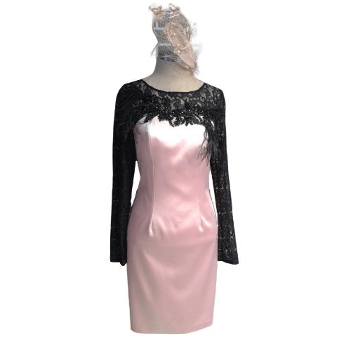 Vestido fiesta rosa y negro con encaje