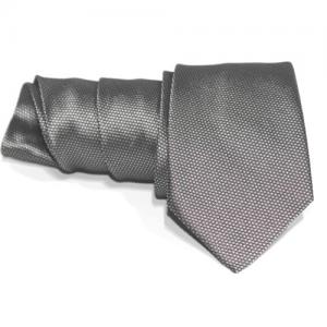 corbata gris oscuro