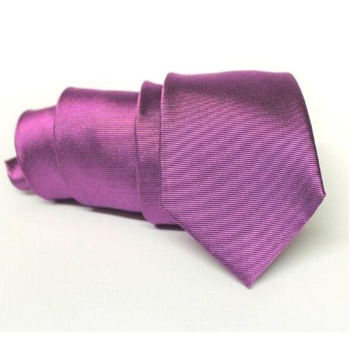 corbata morada para ceremonia